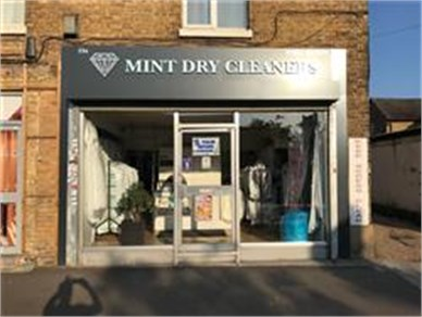 DRY CLEANERS - HERTFORDSHIRE